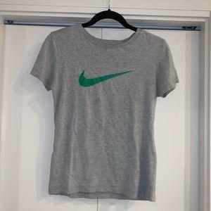 Nike Women's M Slim Fit Just Do It Gray Shirt